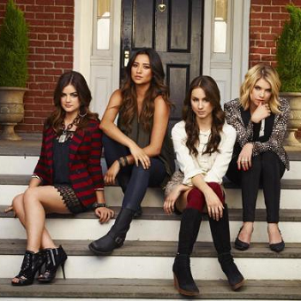 Week After Week, #PLL Keeps Fans On Their Feet And Introduces More Mystery